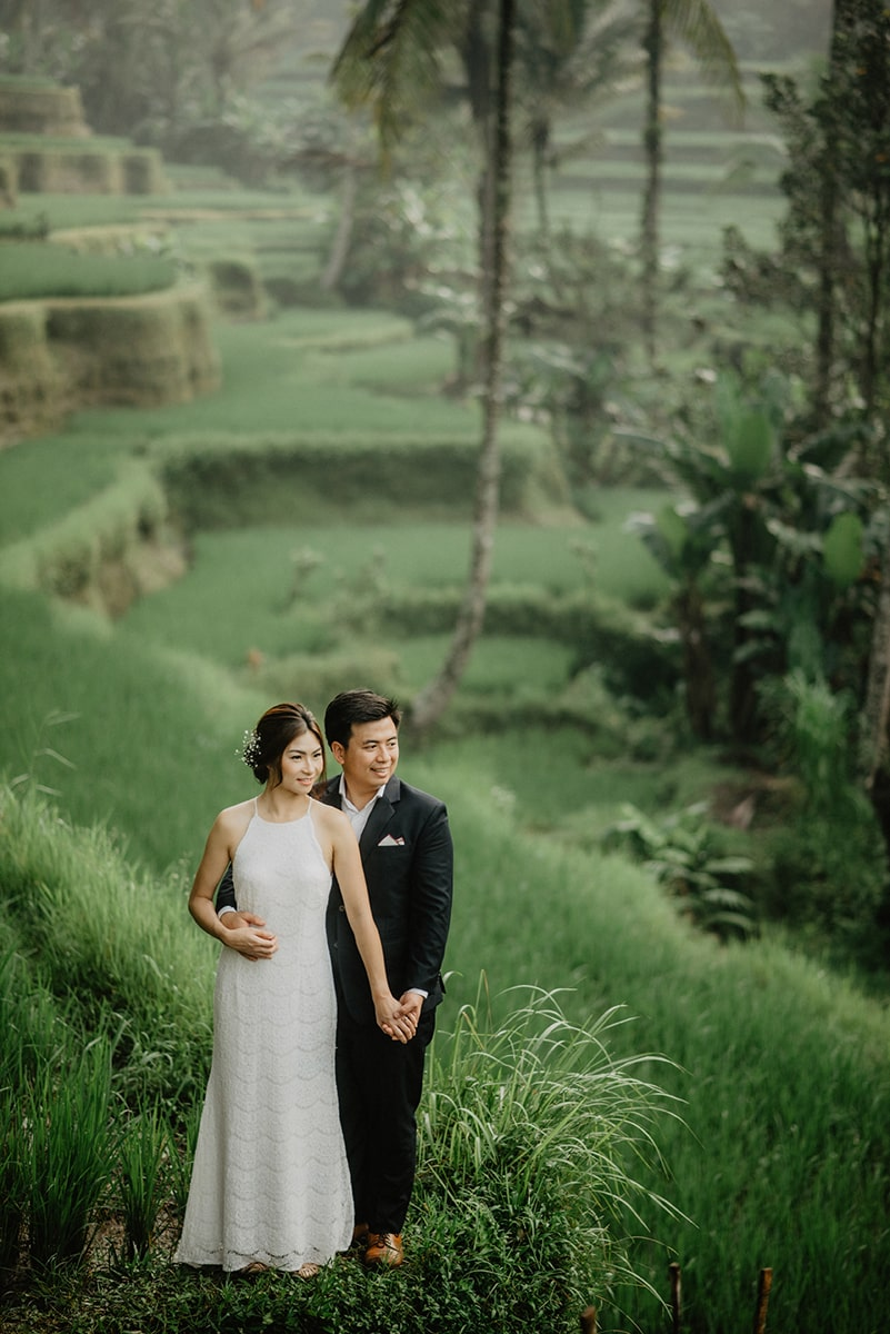 things to do in bali couple on the rice field Indonesia Bali engagement photographer