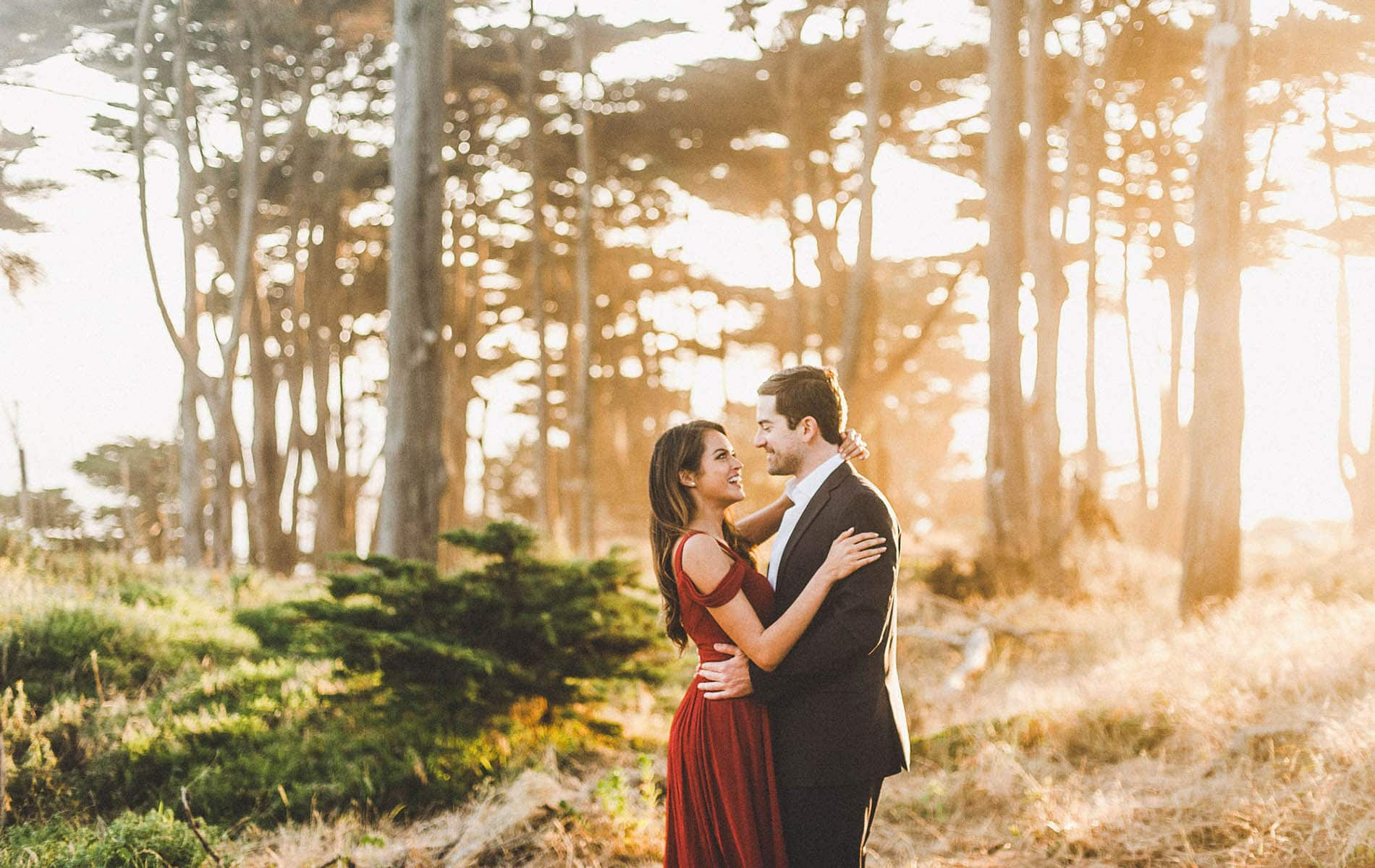 Exciting San Francisco Engagement Photo Shoot of Your Dream